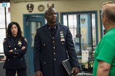 "#Brooklyn99 3x02 ""The Funeral"" - Rosa, Sgt. Jeffords and Hitchcock"