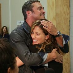 """sophiabush:""""I'm REALLY excited to be on @nbcchicagofire tonight! Just about as excited as I was to see my buddy #TaylorKinney at our press day yesterday. Bear hugs are the best hugs."""" // I absolutely LOVE this picture of Taylor Kinney & Sophia Bush"""