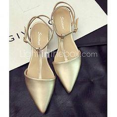 8c2d2994bc   27.99  Calçados Femininos Couro Sintético Salto Baixo Bico Fino Sandálias  Casual Branco Dourado