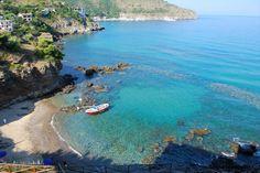 CILENTO Il mare del Cilento si aggiudica la bandiera blu, ko il Golfo di Napoli. Migliorano, secondo quanto fa sapere la Fondazione