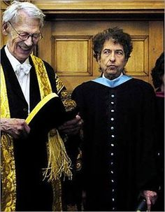 2- Bob Dylan wins honorary degree of Doctor of Music