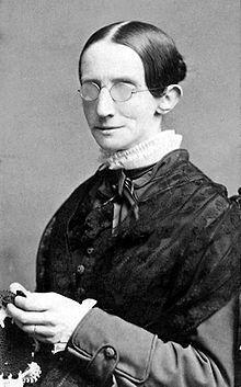 La primera persona ciega y sorda en ser instruida en inglés, Laura Bridgman (1829, 1889), tampoco tenía sentidos del olfato ni del gusto.