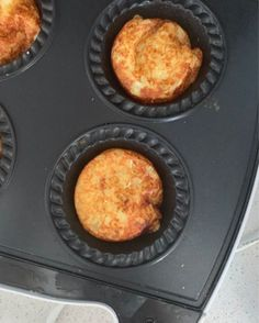 This easy Hash Brown Recipe requires just a few ingredients and couldn't be easier to make! You can cook these in both a Pie Maker or an Oven and both regular and Thermomix instructions included. Easy Hashbrown Recipes, Potato Recipes, Veggie Recipes, Mini Pie Recipes, Jam Recipes, Milk Recipes, Best Hash Brown Recipe, French Toast Casserole, Thermomix