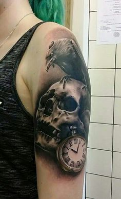 Skull and raven tattoo - Peyton Kinnear
