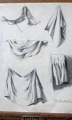 The complicated world of the drapery Drapery Drawing, Fabric Drawing, Painting & Drawing, Art Drawings Sketches Simple, Pencil Art Drawings, Drawing Faces, Drawing Ideas, Drawing Tips, Still Life Drawing