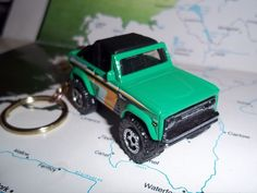 CUSTOM MINT KEYCHAIN 1972 FORD BRONCO,GLOSS GREEN W/CHROME GRILL-BUMPERS-MAGS #HotWheels