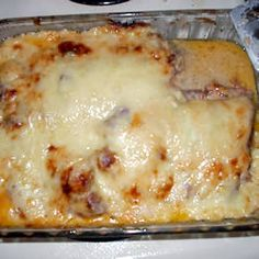 Reuben Casserole is a casserole made with slices rye bread cubed, sauerkraut drained and rinsed, pound deli sliced corned beef cut into strips, russian-style salad dressing, and shredded swiss cheese. Reuben Casserole, Casserole Dishes, Casserole Recipes, Meat Recipes, Cooking Recipes, Casserole Ideas, Hamburger Recipes, Vegetarian Cooking, Lasagna