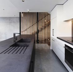 Slick modern polished concrete bench top and black finishings on taps/etc. Concrete Bench, Concrete Design, Concrete Floors, Concrete Look Tile, Concrete Furniture, Urban Furniture, Küchen Design, Tile Design, House Design