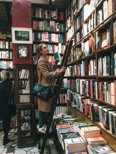 World of Wanderlust - where to find the best bookshops in Paris Paris, Good Books, Books To Read, World Of Wanderlust, Dream Library, Library Books, Book Cafe, Book Aesthetic, Aesthetic Dark