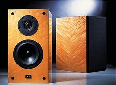 AV123 Onix Reference 1 MK II bookshelf speakers (Company no longer in business)