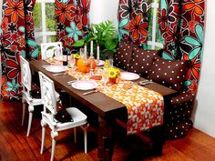 I love the colors in this mini dining room!