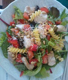 Maaltijdsalade http://storiesofacoeliac.wordpress.com/2014/01/31/italiaanse-salade/