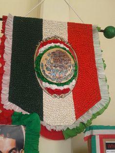 Escudo nacional con semillas
