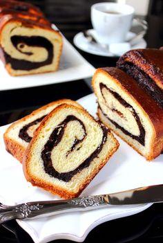 Brioche fourrée à la crème frangipane au chocolat