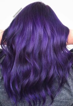 63 Purple Hair Color Ideas to Swoon Over: Violet & Purple Hair Dye Tips - ✂Hair ✂ - Hair Styles Deep Purple Hair, Bright Purple Hair, Violet Hair Colors, Dyed Hair Purple, Hair Color Purple, Hair Dye Colors, Ombre Hair, Blonde Ombre, Purple Tips