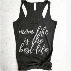 Mom Life Is the Best Life Charcoal Tank Pregnancy Announcement Shirt... (22 CHF) ❤ liked on Polyvore featuring tops, grey, tanks, women's clothing, grey shirt, layering tanks, layering shirts, grey racerback tank and racer back tank