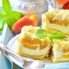 Saftiger Low Carb Pfirsich-Quarkkuchen