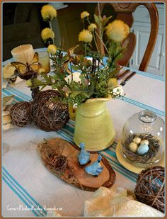 Corner of Plaid and Paisley: Summer Birds, Bees and Butterflies Tablescape