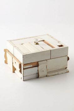 wood box made with reclaimed wood.. what a great way to reuse old moldings