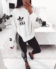 Awesome Adidas Legging Outfits Ideas to Steal Lazy Outfits, Sporty Outfits, Mode Outfits, Simple Outfits, Everyday Outfits, Outfits For Teens, Trendy Outfits, Fashion Outfits, Lazy Day Outfits For Summer