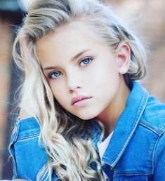 Monique Jade Beautiful Blonde Girl, Beautiful Little Girls, Beautiful Girl Image, Beautiful Children, Young Girl Models, Child Models, Blonde Kids, Hair In The Wind, Blue Eyed Girls