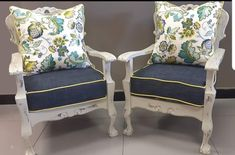 Sofa Makeover, Furniture Makeover, Furniture Projects, Furniture Making, Repurposed Furniture, Painted Furniture, Lounge Suites, Love Home, Take A Seat