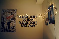 i am seriously thinking about doing that with paramore lyrics. but minus the lights, unless i get some. <3:) Emo Bedroom, Dream Bedroom, Bedroom Ideas, Temporary Wall Covering, Paramore Lyrics, Paramore Quotes, Song Lyrics, Selfies, Grunge Room