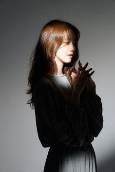 Yoona Snsd, Sooyoung, Goth Disney Princesses, Girl's Generation, Instyle Magazine, Cosmopolitan Magazine, Im Yoon Ah, Flower Boys, Korean Actresses
