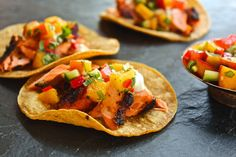lieslicious: Grilled salmon tacos with peach & cucumber salsa