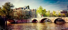 Old canals: Amsterdam's #1 landmark since the beginning of the 17th century continue to fascinate visitors today.