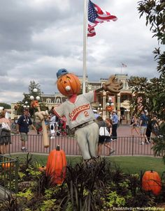 Fall decorations in the Magic Kingdom. For October ride closures, special events and crown information at Disney World, see: http://www.buildabettermousetrip.com/monthly-newsletters.php#october