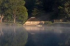 In a valley among the foothills of the Southern Drakensberg lies a secluded lake, a natural sanctuary far from the distractions of modern life. Kwazulu Natal, Holiday Accommodation, Lush Green, Places To Visit, Cottage, Explore, Modern, Nature, Trendy Tree