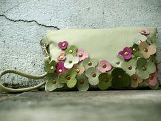 Green flowered wristlet