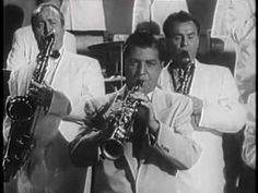 "Charlie BARNET & His Orchestra "" Skyliner "" !!! An awesome little piece of footage-Charlie Barnet and the gang in swinging time!!"