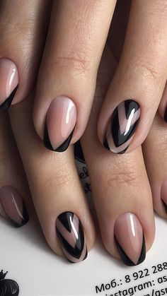 This post contains the best fall nails. These nails are very beautiful, elegant and chic. Nude Nails, Gel Nails, Nail Art Noel, Gel Nagel Design, Sassy Nails, Elegant Nails, Toe Nail Art, Fabulous Nails, French Nails