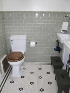 Gray Subway Tile With Floral Hex Floor