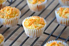 Another reason to be obsessed with sweet onions, these vegan cheese-topped Vidalia Onion Mini Cornbread Muffins have to exist. Omelettes, Quiches, Vidalia Onion Recipes, Vidalia Onions, Vegan Foods, Vegan Dishes, Delicious Vegan Recipes, Yummy Food, Vegetarian Recipes