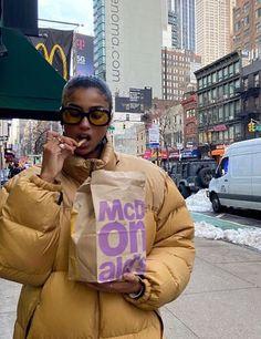 New York Life, Nyc Life, Zeina, Brooklyn Baby, Story Instagram, Insta Photo Ideas, Living In New York, City Living, Mode Streetwear