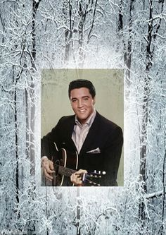 """( ☞ 2017 IN MEMORY OF ★ † ELVIS PRESLEY """" Rock & roll ♫ pop ♫ rockabilly ♫ country ♫ blues ♫ gospel ♫ rhythm & blues ♫ """" ) ★ † ♪♫♪♪ Elvis Aaron Presley - Tuesday, January 08, 1935 - 5' 11¾"""" - Tupelo, Mississippi, USA. † Died; Tuesday, August 16, 1977 (aged of 42) Resting place Graceland, Memphis, Tennessee, USA. Cause of death: (cardiac arrhythmia)."""