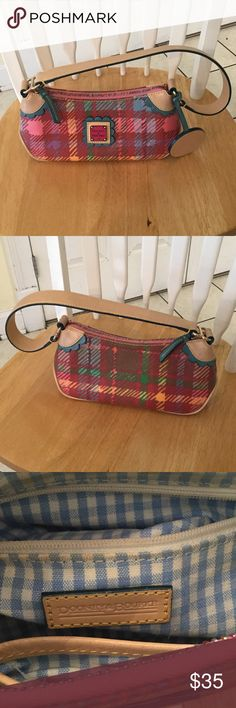 Dooney & Bourke small bag Nice multicolored bag good condition Dooney & Bourke Bags