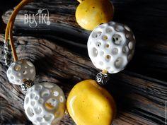 Купить ОДУВАНЧИКИ - желтый, керамика ручной работы, авторские украшения, бусики, busiki