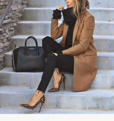 30 Women Professional Attire to Make You Look Awesome The. - 30 Women Professional Attire to Make You Look Awesome The…, - Winter Outfits For Teen Girls, Winter Outfits For Work, Winter Outfits Women, Winter Clothes, Autumn Outfits, Summer Outfits, Shoes For Winter, Woman Outfits, Summer Shorts