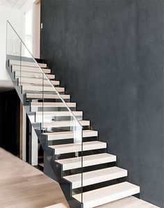 Portaat, Lammi-Kivitalo Luna, Asuntomessut 2014 Stainless Steel Staircase, Glass Stairs, Steel Stairs, Modern Stairs, Interior Stairs, House Stairs, Stairways, My Dream Home, Beautiful Homes