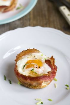 Dit is een heel leuk receptje, bacon and egg muffins! Eimuffins maakte ik al… Bacon Muffins, Healthy Muffins, Easter Recipes, Egg Recipes, Tapas, High Tea Food, Bacon Egg And Cheese, Diet Desserts, Egg Dish
