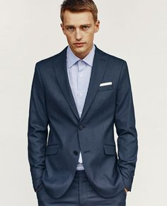 ESSENTIAL SUIT BLAZER - Available in more colours