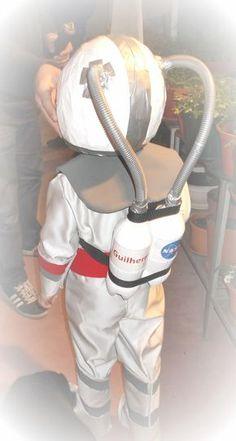 BonitoServiço: Carnaval - Fato de Astronauta / Carnival - Astronaut Costume