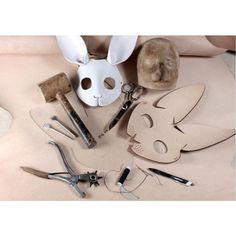 Cosplay Tutorial, Cosplay Diy, Diy Unicorn, Cardboard Mask, Diy And Crafts, Paper Crafts, Bunny Mask, Diy Accessoires, Mask Template