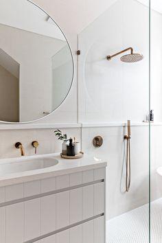 Home Interior Colour Obsessed with this look!Home Interior Colour Obsessed with this look! Tiny House Bathroom, Dream Bathrooms, Modern Bathroom, Small Bathroom, Parisian Bathroom, Round Bathroom Mirror, Luxurious Bathrooms, Rental Bathroom, Master Bathrooms