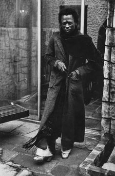 Miles Davis at Home, 1971 — Anthony Barboza