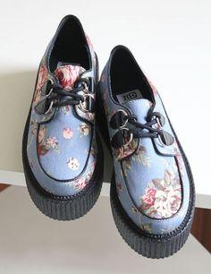 kawaii fashion kawaii shoes Academic lovely flowers demin platform shoes $36.99 http://sweetbox.storenvy.com/products/2114820-academic-lovely-flowers-demin-platform-shoes